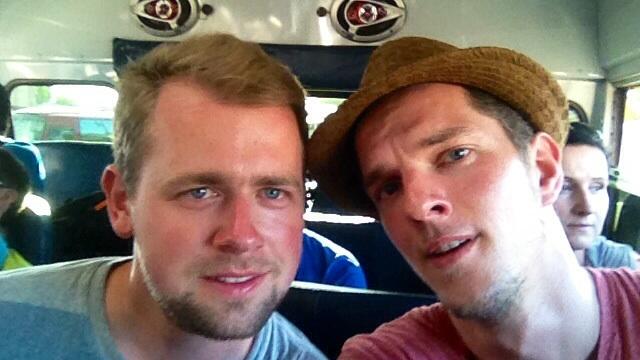 Sven und Martin im Bus