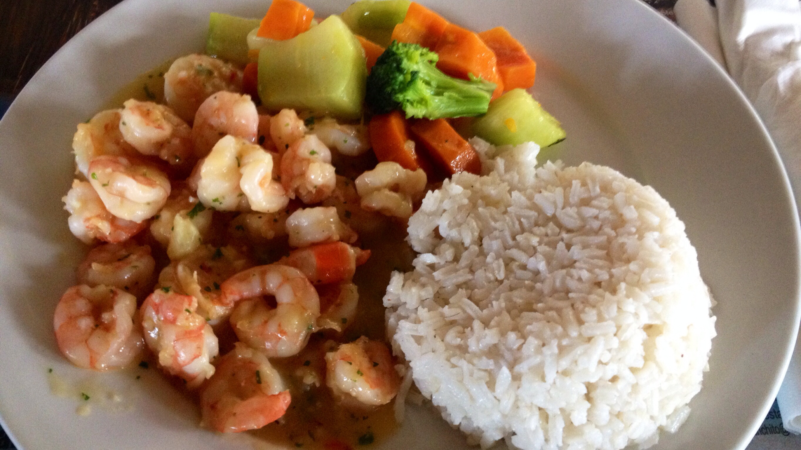 Camarones (Shrimps) mit Gemüse und Kokos-Reis