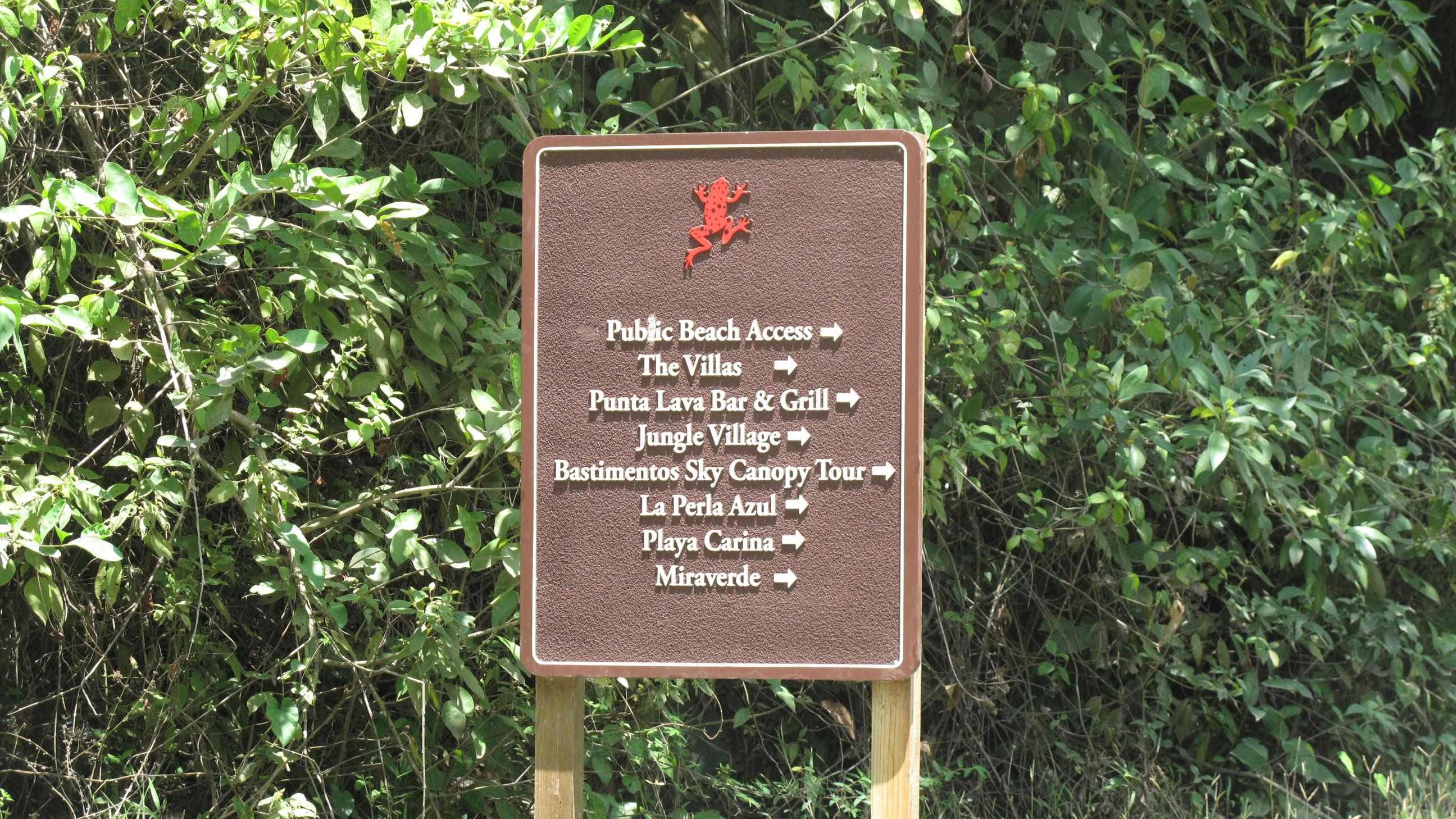 Der Weg zur Red Frog Beach - touristisch war dieser Teil gut aufbereitet